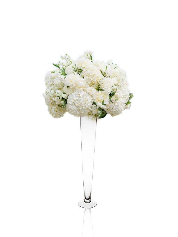 24 clear glass trumpet wedding centerpiece vase glass vases depot rh glassvasesdepot com tall glass vases wedding centerpieces uk glass cylinder vases wedding centerpieces