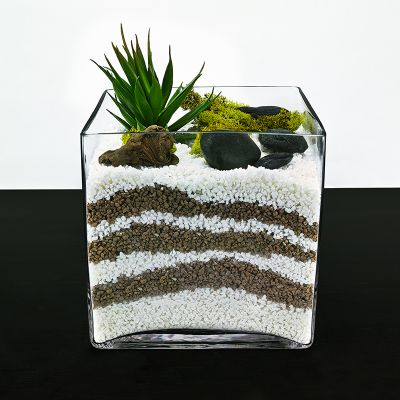 "8"" Decorative Cube Glass Vase"